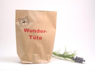 """Geschenkverpackung """"Wundertüte"""" mit süßem Kätzchen Foto: C. Braun"""