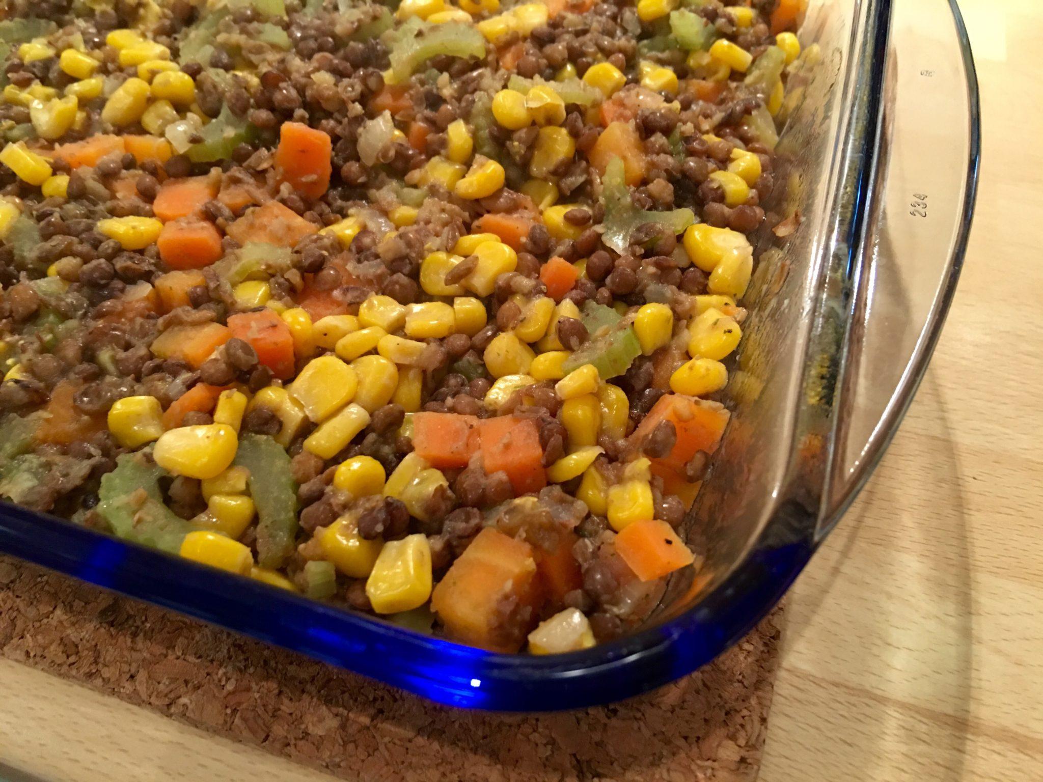 Gemüsemischung in Auflaufform