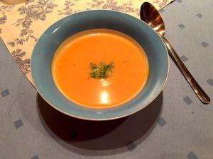 Suppe aus Muskatkürbis